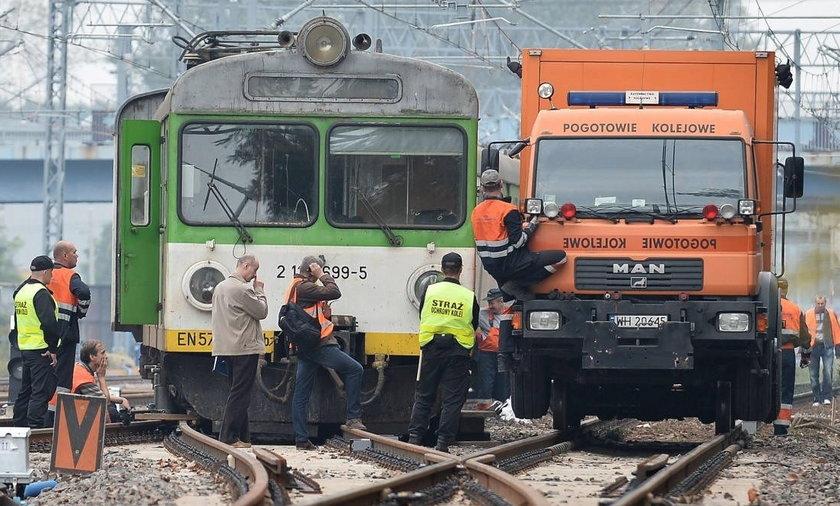 Wykolejony pociąg w Pruszkowie