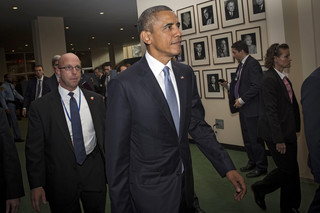 Po zamachach w Paryżu Obama zwołuje Radę Bezpieczeństwa