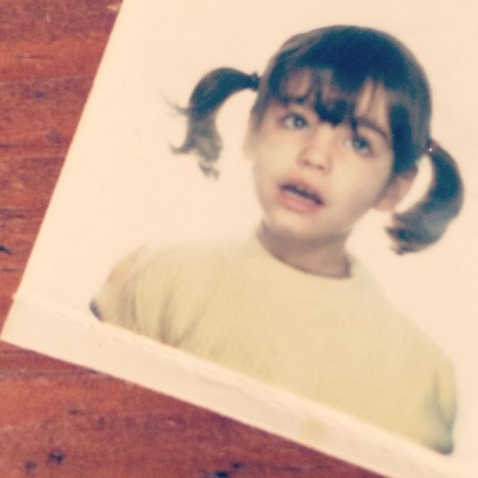Keli Bruk kao devojčica