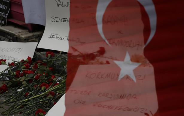 Żałoba po zamachu w Turcji