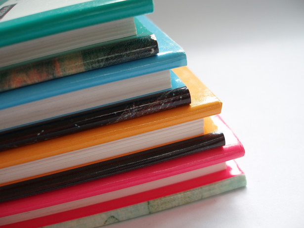 W tym roku nowe podręczniki muszą m.in. zakupić rodzice dzieci uczących się w klasach II szkoły podstawowej i gimnazjum