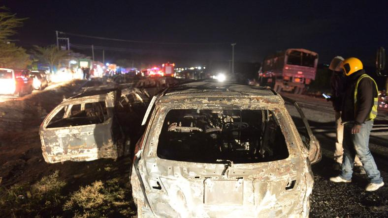 Auta stanęły w płomieniach