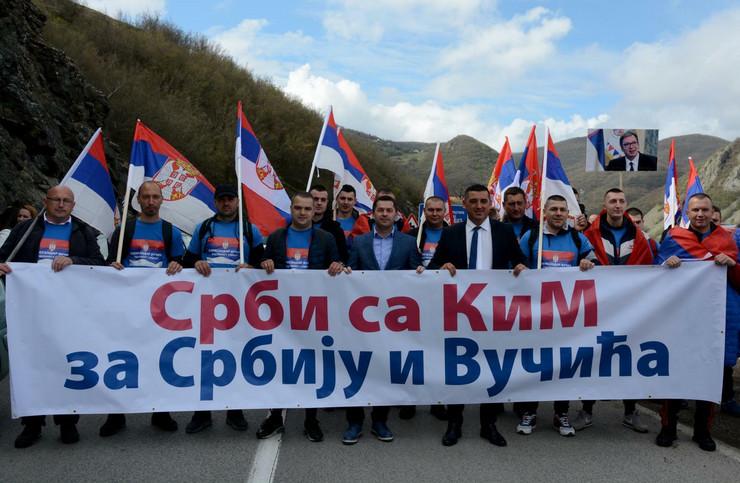 Srbi, Leposavic, Kolona, Pesacenje, Beograd