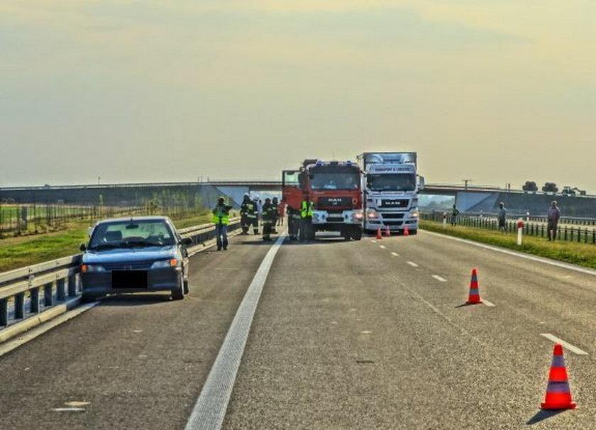 65-letni kierowca zasłabł na trasie S8