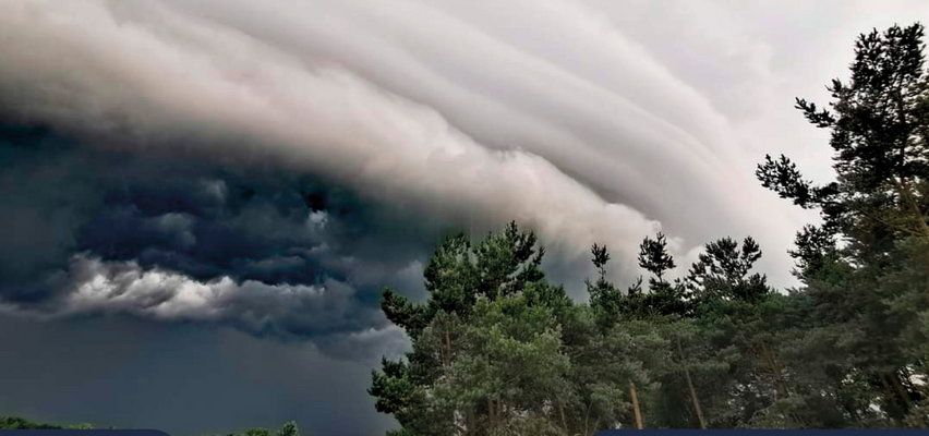 Uwaga! Jest prognoza pogody na weekend dla regionów. A dziś synoptycy ostrzegają: mogą powstawać kolejki burzowe