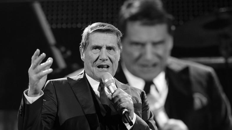 Udo Jürgens był w krajach niemieckojęzycznych jedną z największych gwiazd sceny muzycznej. Uwielbiany przez słuchaczy piosenkarz dostał ataku serca podczas spaceru w miejscowości Gottlieben w Szwajcarii, gdzie mieszkał. Muzyka nie udało się uratować, choć natychmiast przetransportowano go do szpitala