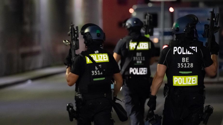Policja w Berlinie poszukuje sprawcy postrzelenia dwóch osób. Zdjęcie ilustracyjne