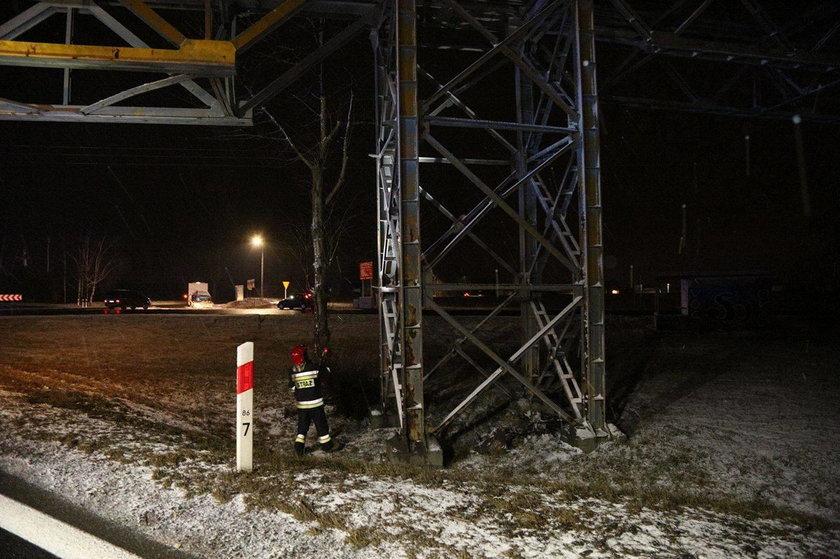 Taśmociąg jest na wysokości 10 metrów