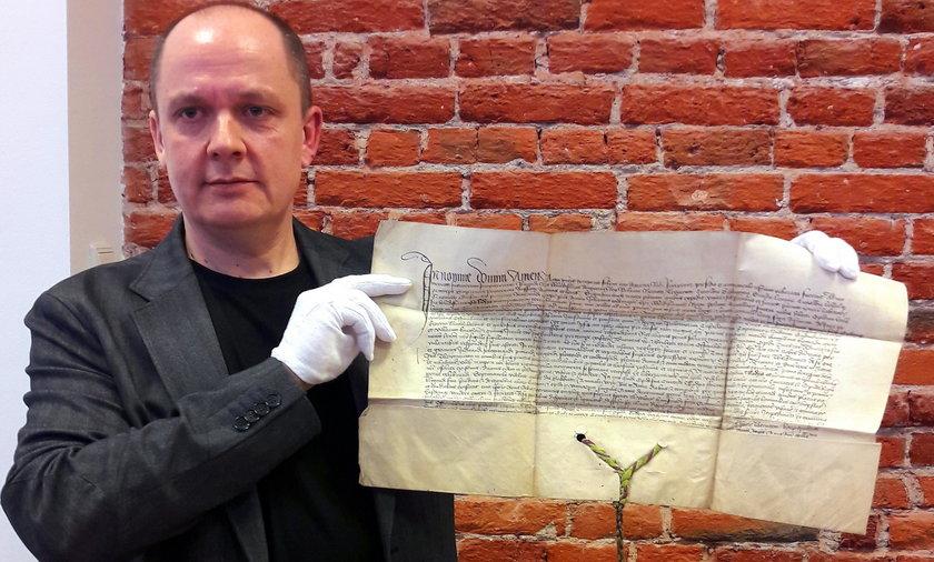 Krzysztof Laszkiewicz odnalazł zaginiony przywilej nadany Łodzi