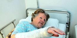 W szpitalu złamali mi rękę!