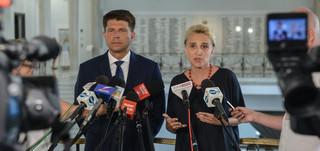 Działacze KOD pobici w Gdańsku. Nowoczesna chce wyjaśnień od MSWiA