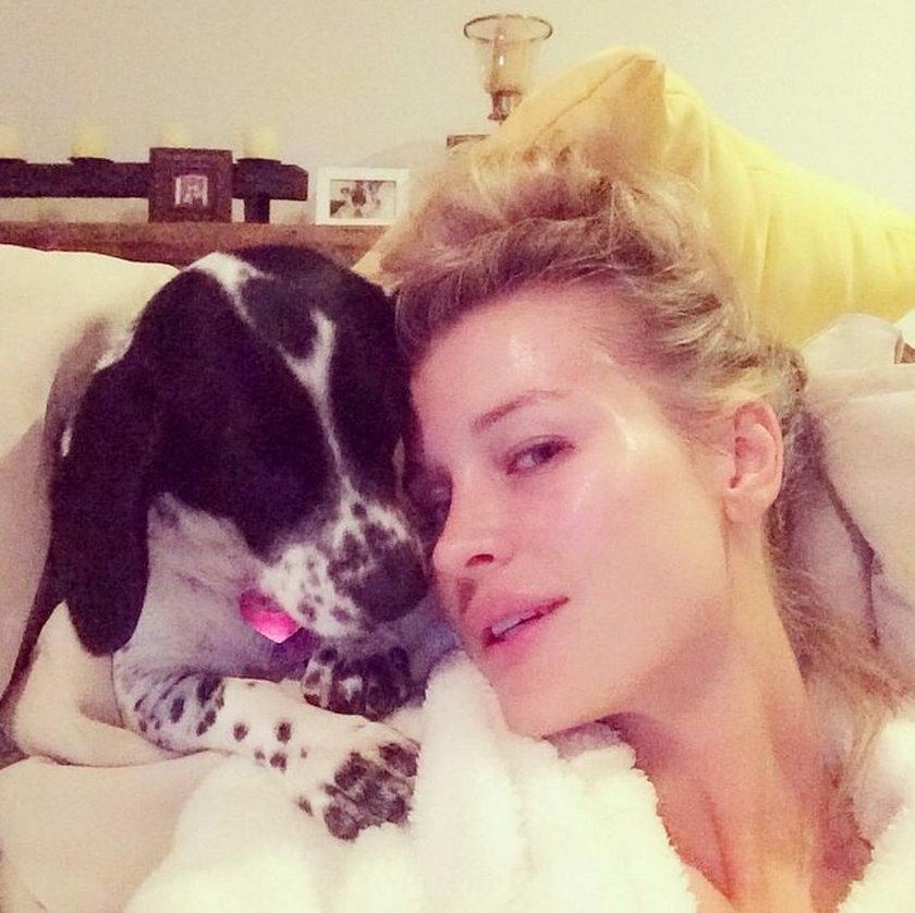 Joanna Krupa z psem