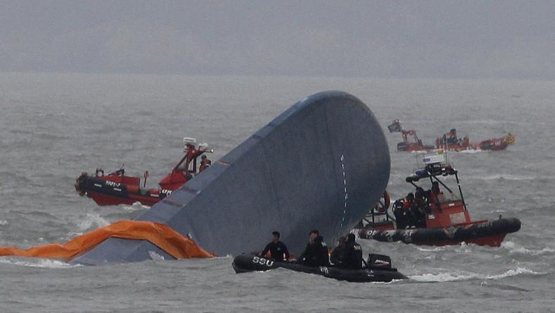 Kapitan koreańskiego promu uciekł jako pierwszy