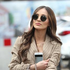 Marina Łuczenko-Szczęsna w eleganckim wydaniu. W tym płaszczu wyglądała świetnie