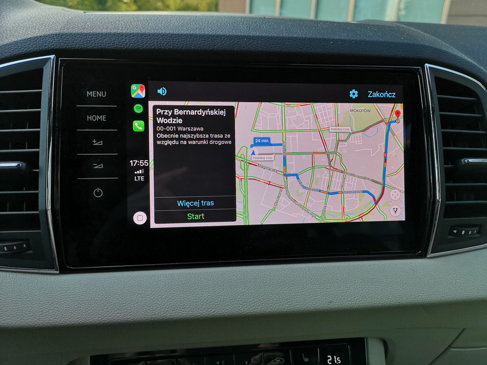 Google Maps w Apple CarPlay