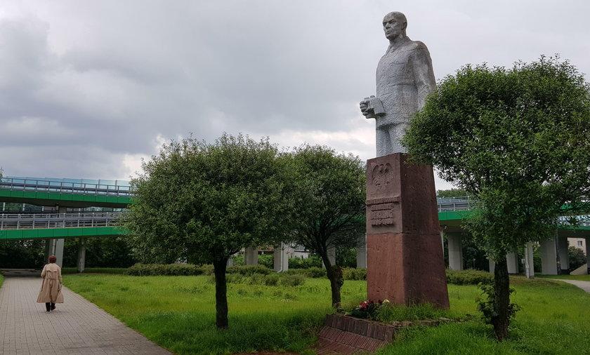 Przeniosą pomnik generała Berlinga