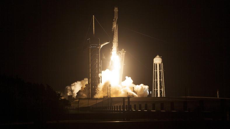 Start misji SpaceX