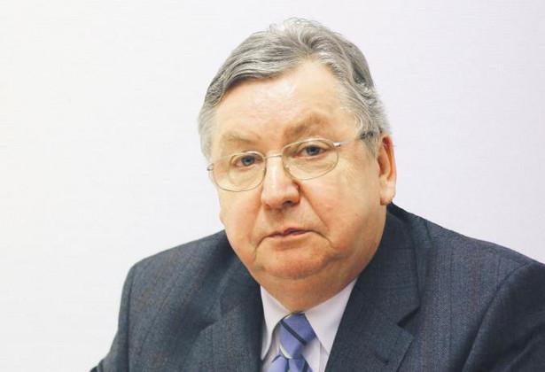 Cezary Kosikowski