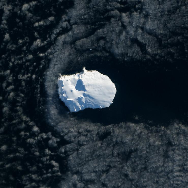 439672_bouvet-island-foto-nasa