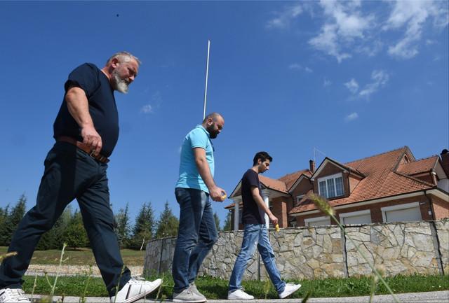 Damir Dokić sa našim novinarima Ivanom Jovanovićem i Sašom Jadraninom
