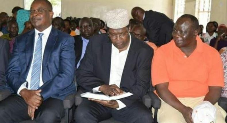 Nairobi Governor Evans Kidero (left), Miguna Miguna (centre) and Reuben Ndolo at the SDA Church, Jericho, Nairobi.