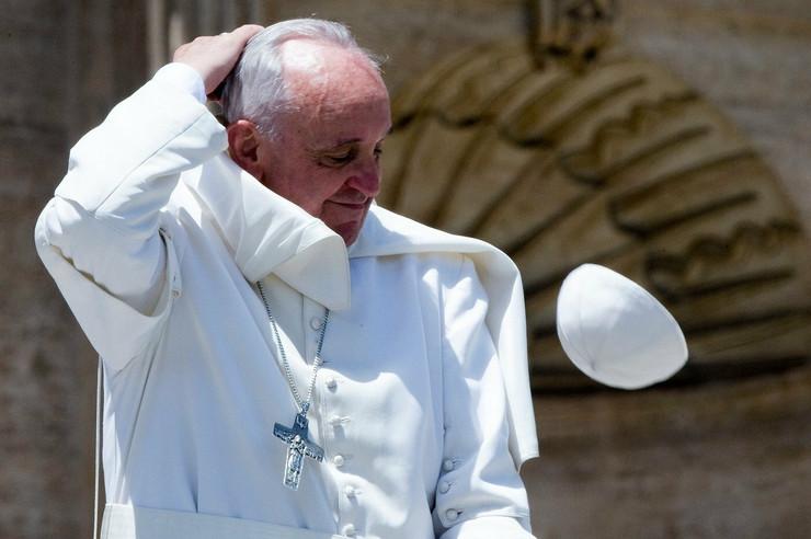 Papa Franja će prisustvovati kanonizaciji
