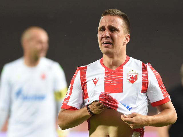 """Branko Jovičić u suzama posle oproštaja od """"delija"""" na meču sa Spartakom"""