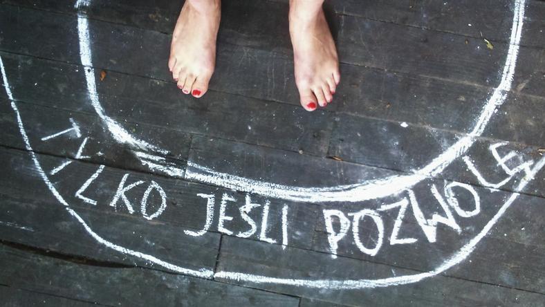 """Happening """"Kręgi – stop przemocy seksualnej"""" rozpocznie się w piątek (22 września) o godzinie 18:30 na Placu Przyjaciół Sopotu"""