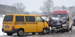 Zderzenie dwóch busów pod Lubinem. 12 osób rannych
