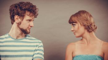Umawianie się z byłym przyjacielem męża