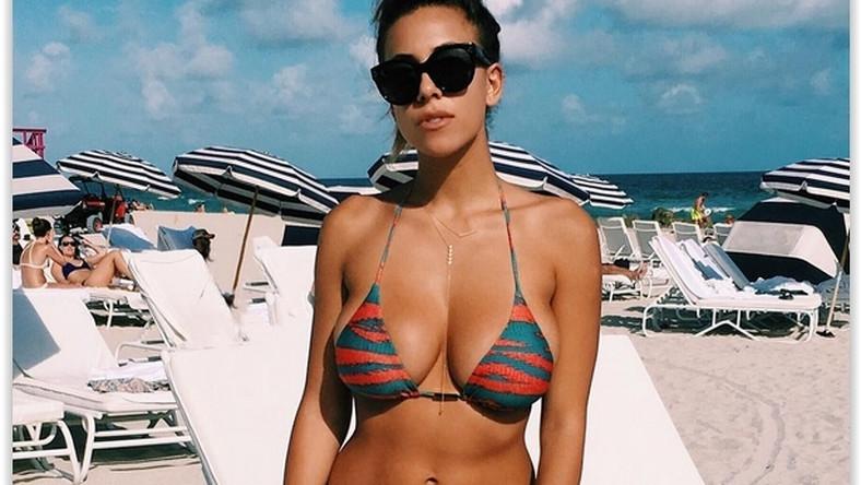 Ponętna hawajska piękność, Devin Brugman, nie pozwala o sobie zapomnieć. Najseksowniejsza blogerka świata pochwaliła się zdjęciami z wakacji w Miami. Fotki, na których prezentuje obłędnie zaokrąglone ciało, obiegły wszystkie męskie portale… Zobacz koniecznie!