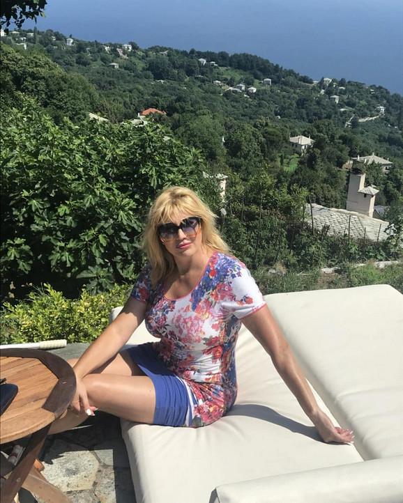 Suzana Mančić na medenom mesecu