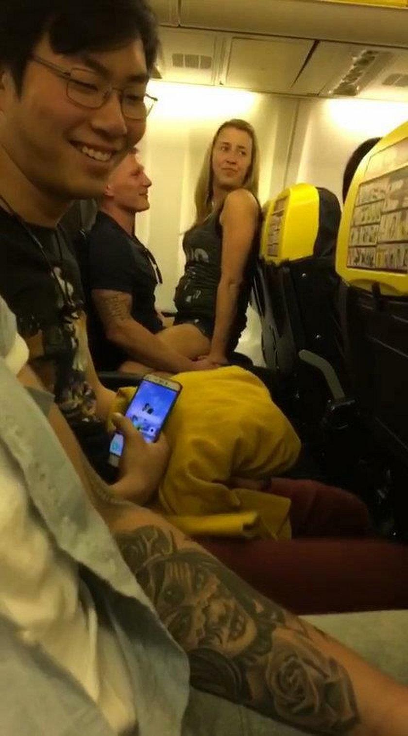 Skandal na pokładzie samolotu