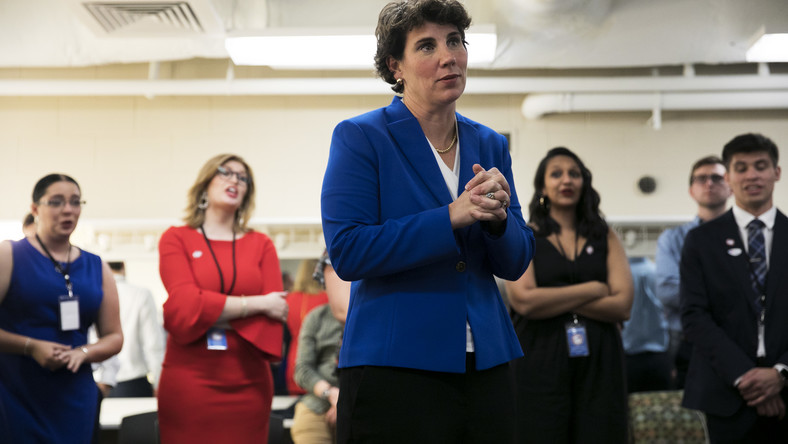 Amy McGrath raises $2.5 million in 24 hours, seeking to oust McConnell