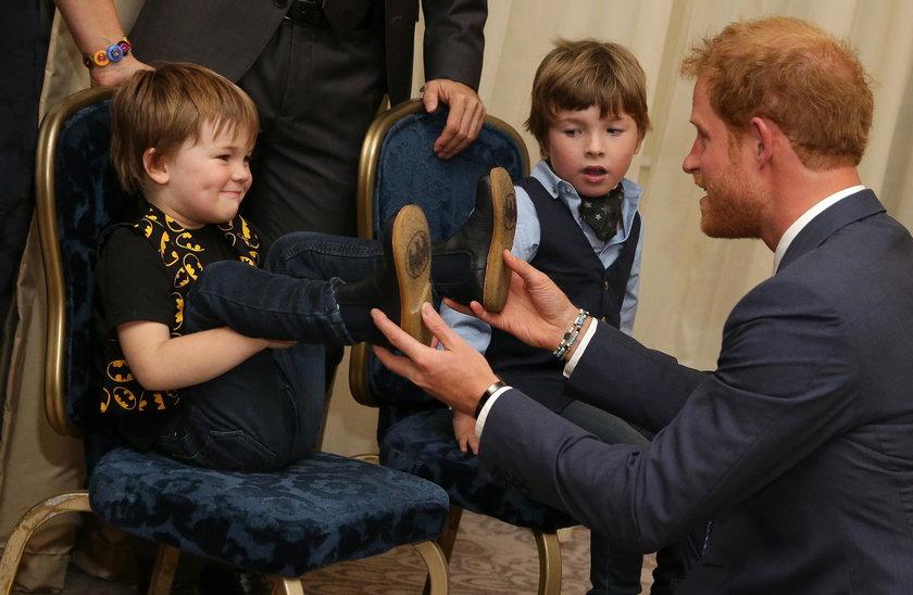 Książę poświęcił uwagę również innym dzieciom