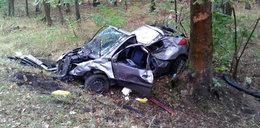 Z samochodu została miazga. To cud, że ktoś to przeżył!