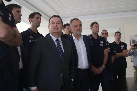 Odbojkaška delegacija na prijemu kod Ivice Dačića