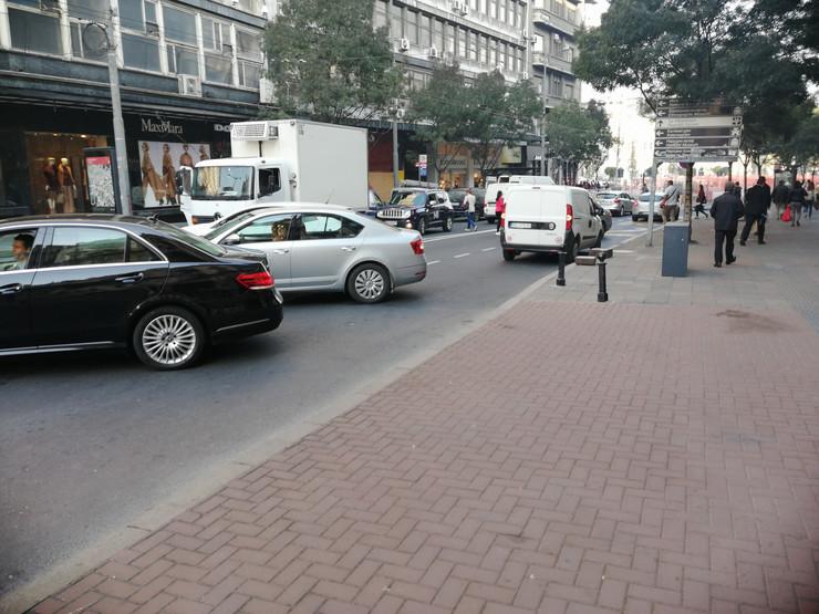 haos zatvorene ulice radovi pešačenje