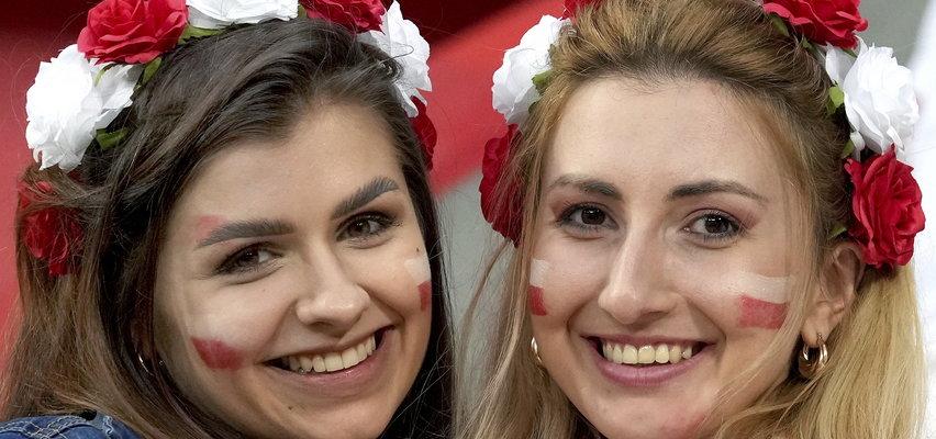 Piękne trybuny na meczu Polska-Rosja. Fanki futbolu nie zawiodły [ZDJĘCIA]