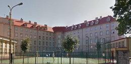 Ksiądz dyrektor lubelskiego liceum grozi wyrzuceniem uczniów. O co chodzi?