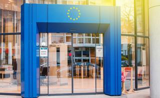 KE: Spotkanie Trumpa z Junckerem to sukces
