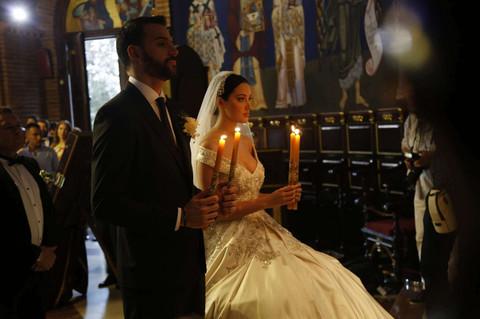 SUZE NA SVE STRANE: Zvanice plakale na crkvenom venčanju Filipa Živojinovića i Aleksandre Prijović! Video