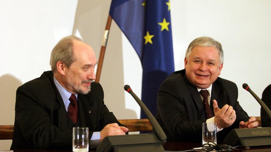 Antoni Macierewicz i Lech Kaczyński w 2007 r.