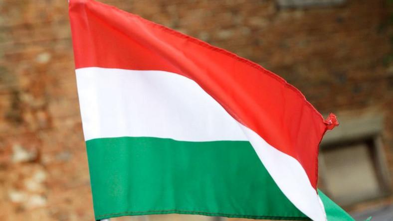 Ukraińcy chcą być Węgrami. Szturmują konsulaty!