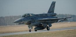 Zobacz, jak działa katapulta w F-16!