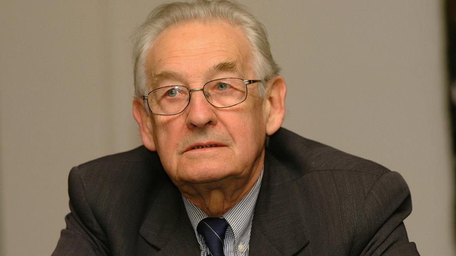 Andrzej Wajda w 2001 r.