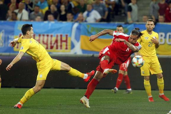 Aleksandar Prijović je imao jednu priliku u prvom delu igre protiv Ukrajine