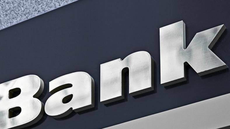 Szefom banków bieda nie grozi