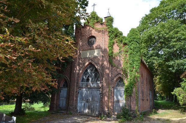 Śmigiel - kaplica na cmentarzu ewangelickim