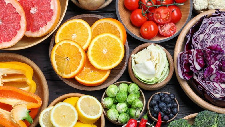 Owoce i warzywa. Witamina C - źródła.